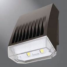 cooper lighting xtor5arl wt lumark led outdoor light 41w crosstour maxx wall refractive