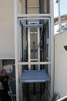 Adapter Un Ascenseur Ext 233 Rieur Vitr 233 224 Proximit 233 De