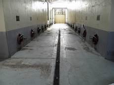 impermeabilizzazione vasche cemento rivestimento vasche enologiche ariplast