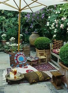Deco Terrasse Pas Cher Id 233 E D 233 Co Terrasse Pas Cher Avec Tapis Kilim Coussins De