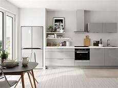 cuisine bois gris clair cuisine gris clair nos inspirations d 233 co joli place