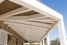 pannelli per tettoie tettoia e pannelli frangisole con copertura in legno e