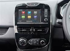 Renault Clio And Captur Upgraded With Free Dab Radio Parkers