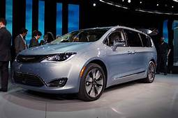 2017 Dodge Pacifica  2018 Reviews