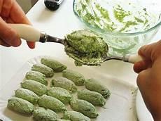 come cucinare le ortiche gnocchi alle ortiche la ricetta della cucina imperfetta
