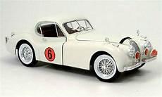 jaguar xk 120 racing white 1949 signature diecast model