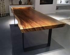 plateau table bois massif 32905 mesa de madera de suar bancos2 en 2019 table 224 manger bois brut table 224 manger en bois et