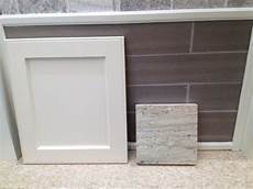 best paint color for river white granite and beige furniture