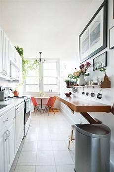 cuisine aménagée en l plan cuisine en longueur