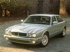 2000 jaguar xj pricing ratings reviews kelley blue book used 2000 jaguar xj8 sedan 4d pricing kelley blue book