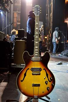 clark guitar gary clark jr 1960 s gibson es 330 this 1966 or 67 es 330 is also dead stock and is currently