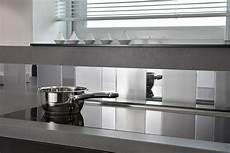Une Cr 233 Dence De Cuisine Adhesive Miroir Et Inox Avec