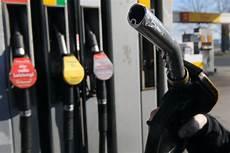 benzin statt diesel ratgeber was ist zu tun wenn der falsche kraftstoff
