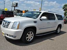 cadillac escalade esv 2007 white suv gasoline 8 301 moved permanently