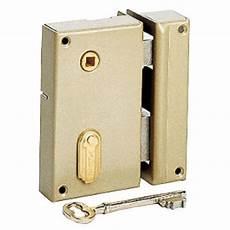 serrure de porte d entrée serrure en applique monopoint 224 4 gorges droite portes