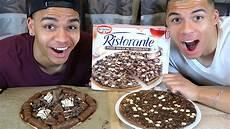 Original Schokoladen Pizza Vs Selbstgemachte Schokoladen