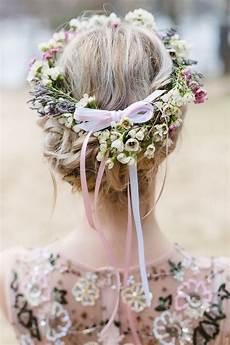 Blumen Im Haar Hochzeit - fr 252 hlings picknick am see brautfrisuren caroline haare