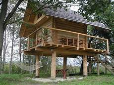 tree house plans on stilts carport bois recherche google tree house plans beach
