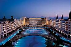 world s most luxurious hotels and resorts reader s digest