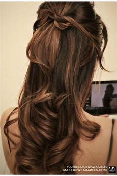 60 quick and easy hairstyles for short curly hair
