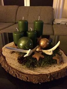 adventskranz mit baumscheibe baumscheiben deko