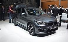 bmw x1 première 16724 the new bmw 3 series and x1 we re driving them this week 4 6