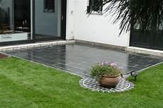 Terrasse Pflastern Mit Naturstein Gartenbau Dietz