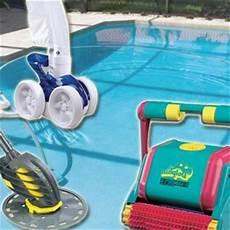 tout l 233 quipement pour un nettoyage de la piscine complet