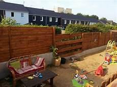 Gartenzaun Selber Bauen Holz - ideas for creative use of wooden pallets in the garden