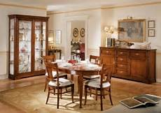pittura sala da pranzo sala da pranzo classica in legno massello colore noce