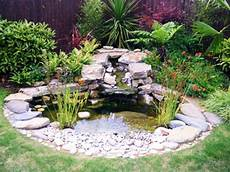 decoration de bassin exterieur gardens with pebbles small garden pond design ideas