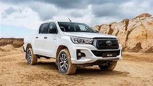 2020 Toyota Hilux  28 Images Look