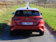 Foto Der Neue Kia Ceed 001 Jpg Vom Artikel Der Neue Kia - foto kia ceed platin 1 4 t gdi dct7 testbericht 001 jpg