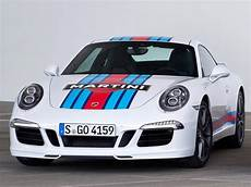 porsche shakes fans up with new 911 s martini racing