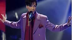 Le Chanteur Prince Est Mort 224 L 226 Ge De 57 Ans L Express