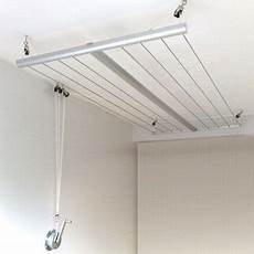 etendoir de plafond avec manivelle buanderie