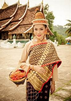 traditional dresses of south asia 59 best images about laos textiles on pinterest