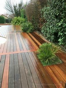 jardini 232 re et bac de terrasse bois d 233 coupe autour des