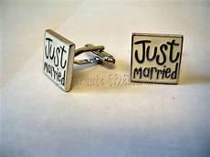 bouton de manchette mariage personnalisé boutons de manchettes mariage just married