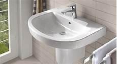 prix d un lavabo de salle de bain prix d un lavabo co 251 t moyen tarif de pose prix pose