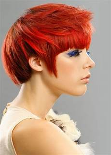 flattering short hairstyles with bangs