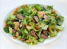 steak caesar salad_image
