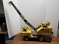 vintage pressed steel mighty nylint crane truck for