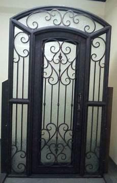 porte d entrée en metal porte d entr 233 e en fer forg 233 porte en fer porte en