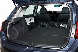 Kia Ceed Hatchback Review 2012  Parkers