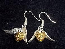 Harry Potter Ohrringe - harry potter golden snitch earrings by mystacinidae on