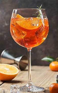 Aperol Spritz Cocktails - how to make an aperol spritz cocktail crafty bartending