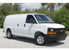 used 2010 chevrolet express 3500 cargo van 3d pricing kelley blue book purchase used 2010 chevrolet express 3 4 ton g2500 cargo van x tra clean tow pkg vortec v8 in