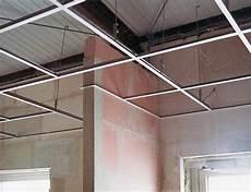 Trockenbau Decke Abhängen - decke abh 228 ngen platten