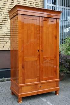 kirschbaum möbel kombinieren kirschbaum schrank wohnpalast magazin
